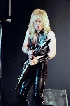K K Downing Heavy Metal Music, Heavy Metal Bands, Rob Halford, Defender Of The Faith, Famous Musicians, Rock Of Ages, Judas Priest, Black Sabbath, Music Tv