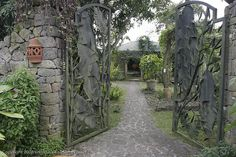 Possible Venue : Moon Garden Restaurant, Tagaytay Tagaytay, Restaurant Wedding, Moon Garden, Where To Go, Philippines, Planets, Dream Wedding, Sidewalk, Outdoor Structures