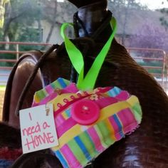Found this pretty heart hanging on the fence at the El Dorado County fair grounds in Placerville Ca. What a nice surprise! Brought my horse out to the covered arena for a ride when it caught my eye. Thank you! #ifaqh #ifoundaquiltedheart