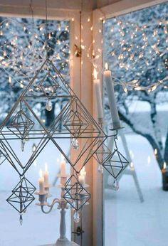 "Christmas time, hanging ""Himmeli"" - made of straw, Ullamaija Hännien Decoration Christmas, Noel Christmas, Christmas And New Year, Winter Christmas, Christmas Lights, Holiday Decor, Candle Lanterns, Candle Chandelier, Modern Chandelier"