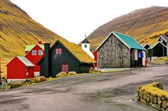 Small Houses, Faroe Islands, Denmark Love the little houses so cute Oh The Places You'll Go, Places To Travel, Places To Visit, Beautiful World, Beautiful Places, Simply Beautiful, Little Houses, Small Houses, Reisen In Europa