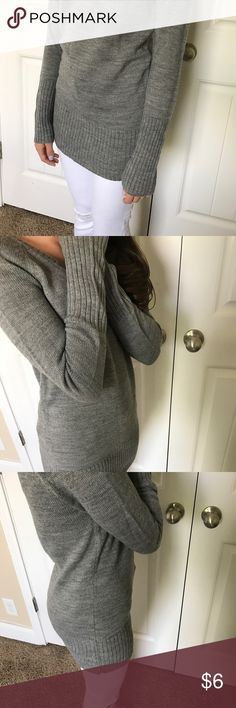 Forever 21 sweater Forever 21 grey long sweater in size S Forever 21 Sweaters