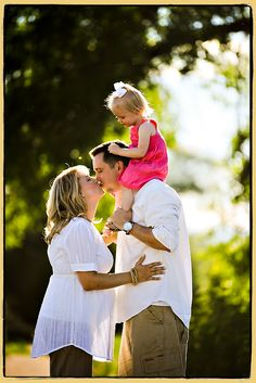 Aww... cute family photo.