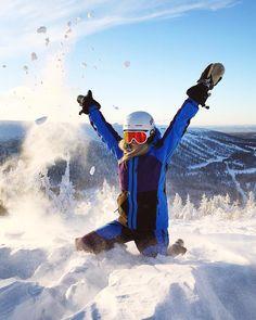 "2,101 To se mi líbí, 21 komentářů – EAT - SLEEP - SKI - REPEAT⛷❄️ (@sarahmagdalena) na Instagramu: ""I have the perfect relationship with snow, it always catches me when I fall ❄️ . . . . .…"""