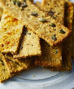 Multi-seed savoury crackers A real Christmas cracker, this one. Great for cheese-lovers. Savory Crackers Recipe, Savoury Biscuits, Homemade Crackers, Savoury Baking, Savory Snacks, Healthy Snacks, Tasty, Yummy Food, Tray Bakes