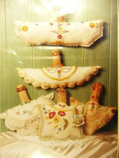 D'oyley Angels by Wendy Brigg of Country Friends - Pattern