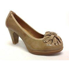 Zapato salón de la marca Pitillos.Muy cómodo.Todo piel.Es una horma que  calza muy bien a85523d19d1d