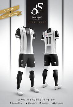 Camisa de 85 anos do Danubio 2017 Umbro