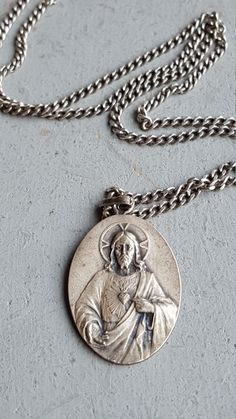 Antique French Sacred Heart of Jesus Silver Medal Necklace With Vintage Chain Catholic Jewelry Religious Jewelry Catholic Gift Art Nouveau by PinyolBoiVintage on Etsy