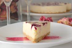 Valkosuklaa-mustaherukka moussekakku – Yummy Baker Cheesecake, Desserts, Food, Healthy, Meal, Cheesecakes, Deserts, Essen, Hoods
