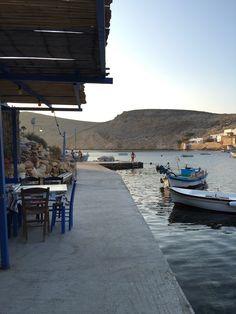 Découvrir l'île de Sifnos dans les Cyclades - Port de Chéronissos