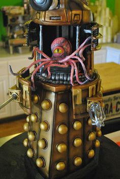 Now *this* is what I call a Dalek cake!