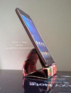 suporte para celular - frente em pé                                                                                                                                                     Mais