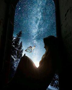 〰️ Infinito particular 〰️. Moonlight Photography, Shadow Photography, Nature Photography, Foto Fantasy, Night Sky Wallpaper, Beautiful Fantasy Art, Beautiful Nature Wallpaper, Digital Art Girl, Cute Wallpaper Backgrounds
