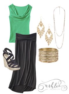 Ashlee: A gorgeous maternity outfit for the holidays...attention grabbing accessories can give any outfit that extra edge.