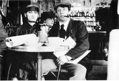 31. Pablo Picasso & mistress Paquerette at Cafe de la Rotonde, 1916 photo taken by Jean Cocteau - in NY times article for this pin, Errol Morris talks about forensic analysis of photos. Other photos from same group include Modigliani; I must be on same wavelength with LRK mutterings - see muttering of 8/21/13, where Stuyvesant has cafe at La Rotonde.