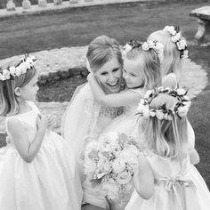Baby Rose Crowns Simple Flower Crown, White Flower Crown, Simple Flowers, Floral Crown, White Flowers, Wedding Looks, Bridal Looks, Bridal Hairdo, Floral Headpiece