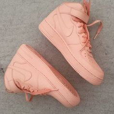 Shoes: nude peach coral nike air force 1 high top ❤ liked on Polyvore featuring shoes, sneakers, nike trainers, hi tops, nike shoes, high top trainers and peach shoes
