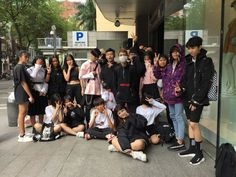 Korean Best Friends, Boy And Girl Best Friends, Cute Friends, Squad Pictures, Squad Photos, Korean Boys Ulzzang, Ulzzang Couple, Cute Friend Pictures, Best Friend Pictures