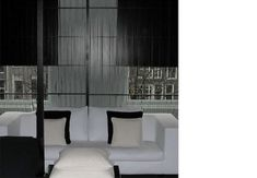 Anouska Hempel's hotels exude life and desire, with a calm and yet manic perfectionism. Black And White Interior, Black And White Design, Interior Architecture, Interior And Exterior, Hotel Reception, Swiss Design, White Chic, Monochrom, Luxury Bath