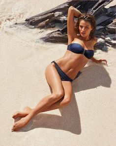 7cc3a6910a cameron russell bikini calzedonia 2014 8 Golden Sun: Cameron Russell Models  Calzedonia Bikinis in New