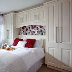 New home bedroom magnolia Ideas Bedroom Decor Dark, Traditional Bedroom Decor, Traditional House, Home Bedroom, Home Living Room, Modern Traditional, Fitted Bedroom Furniture, Fitted Bedrooms, Home Furniture