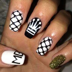 Madison Beer's birthday nails