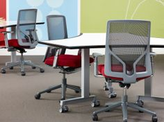 izzy+ NeoCon 2014 // Product shown: Dewey six top table with Wabi task chairs.