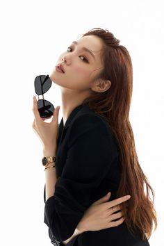 Korean Actresses, Korean Actors, Actors & Actresses, Jun Ji Hyun, Lee Sung Kyung, Korean Celebrities, Celebs, Romantic Doctor, Joo Hyuk