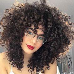 Cabelo cacheado com franja: inspirações reais #cabeloscacheados #pelorizado #curlyhair