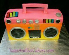 3D boom box cake