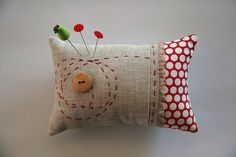 I like the hand quilting on this pin cushion. Knitting Projects, Sewing Projects, Pin Cushions, Pillows, Needle Book, Sewing Notions, Sewing Kit, Sewing Accessories, Hand Quilting