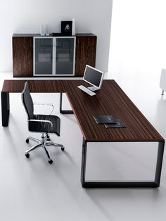 Rectangular #office desk Agorà by Brunoffice | #design by Silvano Barsacchi #wood #office #designs