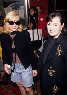 Pin for Later: De Geisha à Cow-Girl, en Passant Par Punk-Lady, Retour sur les Moments Mode les Plus Fous de Madonna  Avec Rosie O'Donnell en 1992.