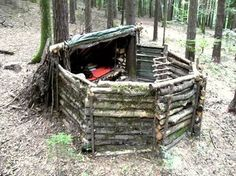 How to Make a Super Survival Shelter - 17 Basic Wilderness Survival Skills Everyone Should Know