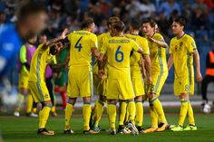 Sweden's players celebrate after a goal during the FIFA 2018 World Cup football qualifier match between Bulgaria and Sweden in Sofia on August 31, 2017. / AFP PHOTO / DIMITAR DILKOFF