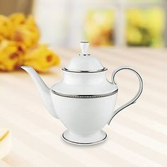 Murray Hill Teapot #lenoxweddingcolors