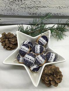 RURO / Vianočné oriešky - modrotlač - christmas walnut shells