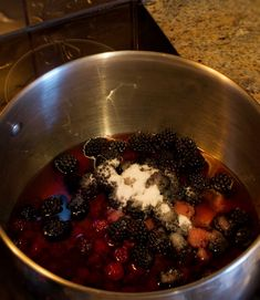 These Blackberry Dumplings are a southern favorite. They are big fluffy dumplings that soak up lots of juice from a syrupy bath of blackberries! Best Blackberry, Blackberry Sauce, Blackberry Recipes, Blackberry Cobbler, Fruit Recipes, Cake Recipes, Blackberry Dumplings, Drop Dumplings, Canned Biscuits