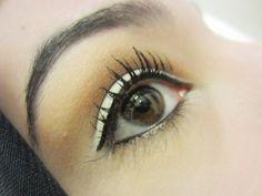 Hijabi Simple Eye Makeup Tutorial