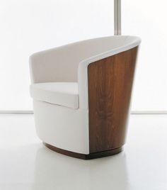 Modern Italian chairs, modern armchairs and lounge chairs. Design ...