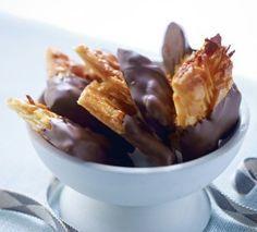Das Rezept für Mandel-Florentiner mit Schokolade und weitere kostenlose Rezepte auf LECKER.de