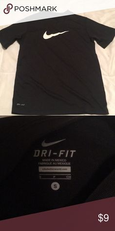 Youth Nike Dri-Fit shirt Black and white. Excellent condition Nike Shirts    Tops 87181ef0d