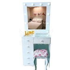 Room Ideas Bedroom, Room Decor, Diy Pallet Vanity, Cupboard Design, Ideas Para, Instagram, Furniture, Vanities, Foundation