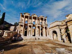 Visit Turkey, Roman City, Pyramids Of Giza, Ephesus, Turkey Travel, Europe Travel Tips, Africa Travel, Wonders Of The World, Places To See