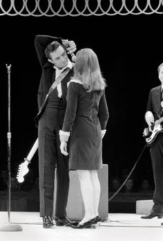 Johnny Cash And June Carter | Johnny Cash and June Carter Cash, Circle Star Theater, San Carlos, CA ...