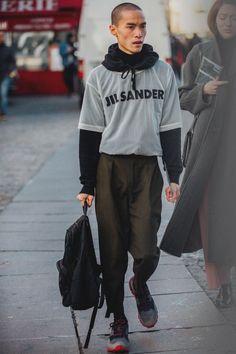 Street style à la Fashion Week homme automne-hiver 2018-2019 de Paris #ParisFashionWeeks
