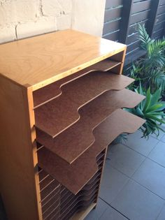 animation shelves - paper tray