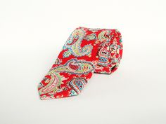 Men's red paisley floral wedding tie gift for men skinny paisley floral tie groomsmen by TheStyleHubTrends on Etsy