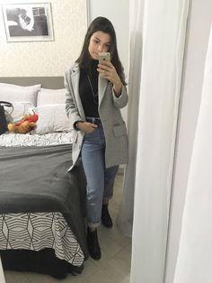 How To Wear Boyfriend Jeans Ideas Super Ideas Outfit Jeans, Blazer Outfits Casual, Blazer Fashion, Women's Dresses, Look Blazer, Look Retro, Ladies Dress Design, Latest Fashion For Women, Womens Fashion